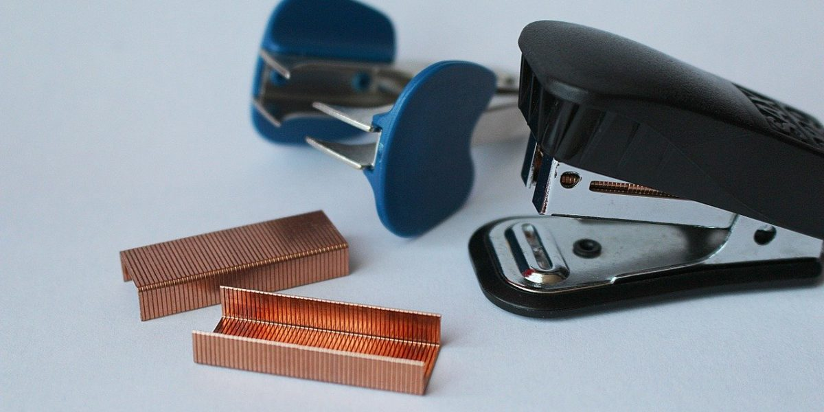 types of staplers and staple removers